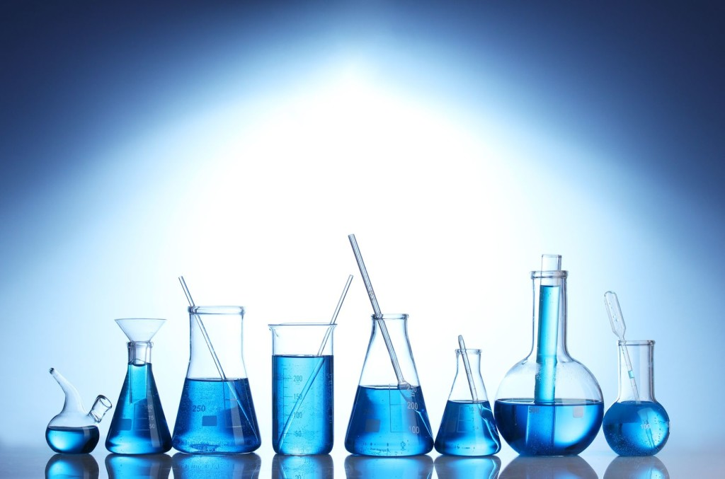 Uses of Distilled Water in Laboratories and Hospitals